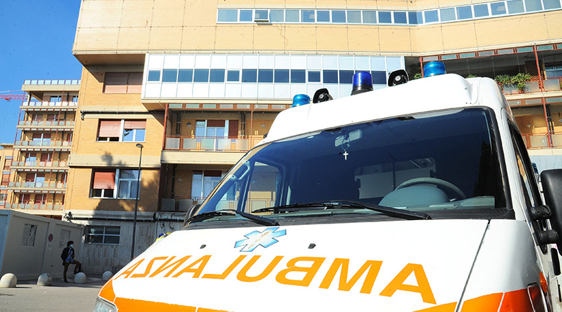 ambulanze 820 c imagoeconomica 1482415