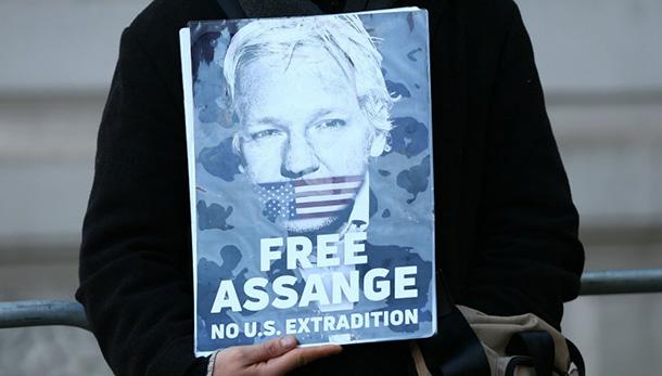 Wikileaks, Assange è colpevole di aver detto la verità